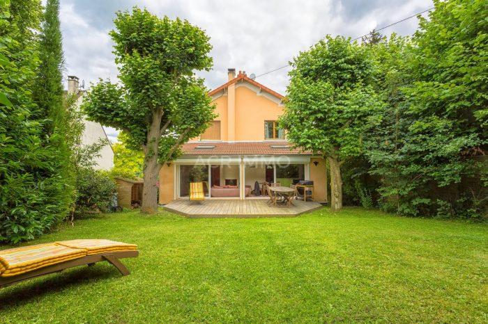 Vente Maison 5 chambres - 9 pièces - 162 m² à Andr (78570)