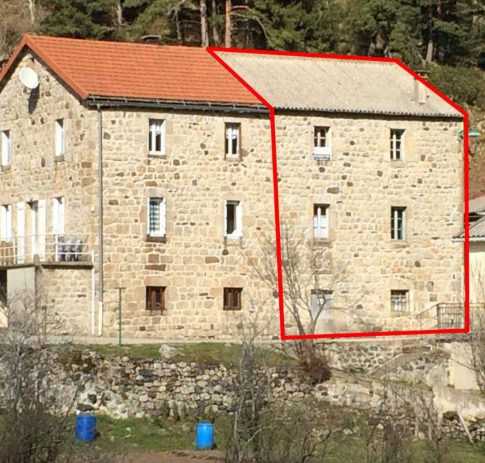 Maison en pierre r nover cros de g orand agat 39 immo for Renover maison en pierre