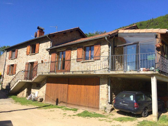 Maison isol e avec d pendances 20 hectares de terrain for Vente maison individuelle 06