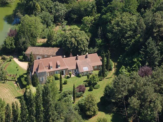 380 m² Maison 13 pièces