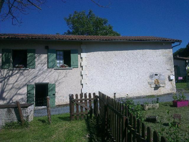 4 pièces Saint-Aquilin Hameau  103 m² Maison