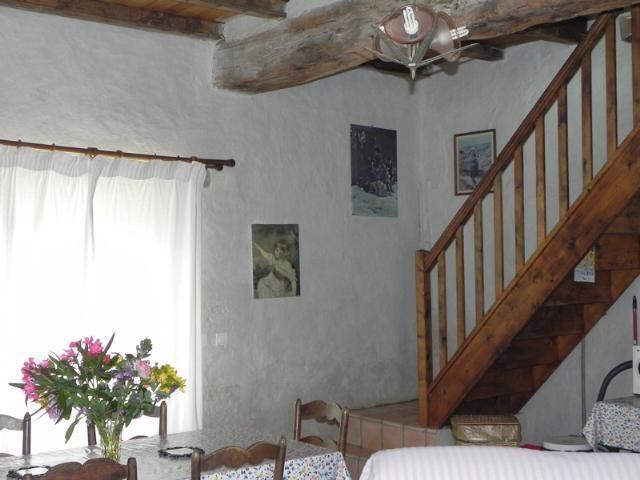 Maison Neuvic Hameau 510 m² 11 pièces