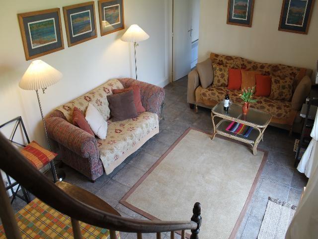 390 m²  11 pièces Maison
