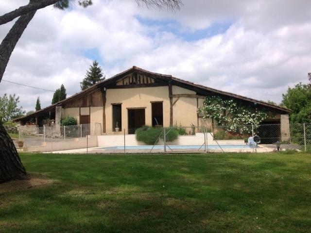 Maison 180 m² 5 pièces Lauzun Isolée