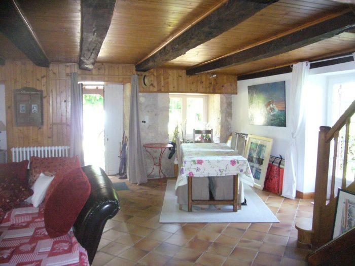 Maison 125 m² Manzac-sur-Vern Hameau 5 pièces