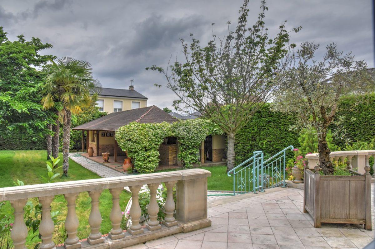 Magnifique demeure style mansart saint maur des foss s Demeure immobilier