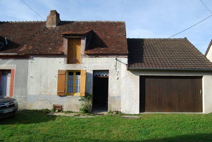 Charmante petite maison petit prix et du terrain attenant for Prix du terrain