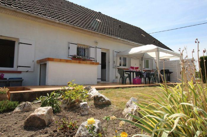 Maison ancienne r nov e habitable de plain pied dans for Vente maison individuelle surface habitable