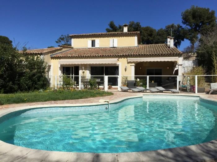 Magnifique villa 13012 marseille axud marseille for Architecte marseille maison individuelle