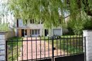 Maison   126 m² 7 pièces