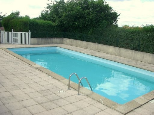 Villa avec piscine saint priest des champs 63640 - Piscine saint priest ...