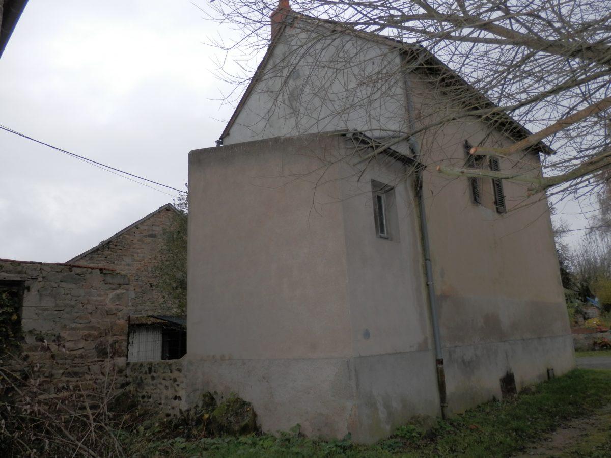 Ensemble immobilier proche de toutes commodit s pionsat for Constructeur maison individuelle puy de dome
