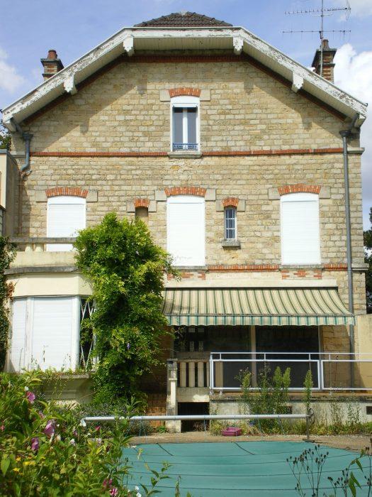 Maison vitry elegant maison pices en vente sur vitry sur - Toiture cabane jardin vitry sur seine ...