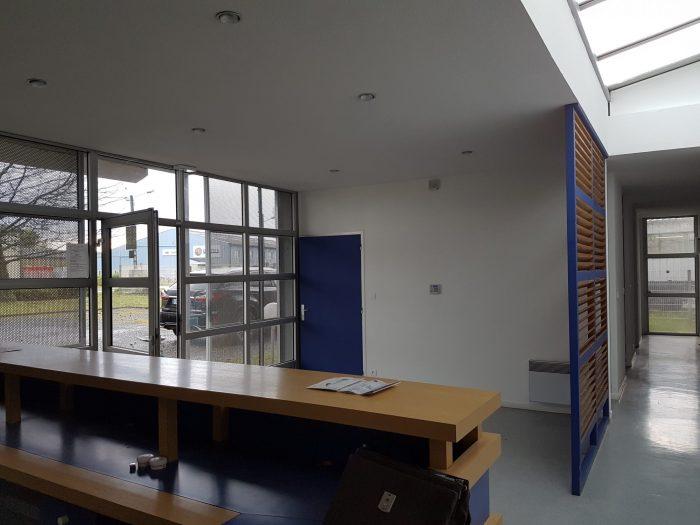 Location bureau 64 pyren es atlantiques louer local for Location bureau 64