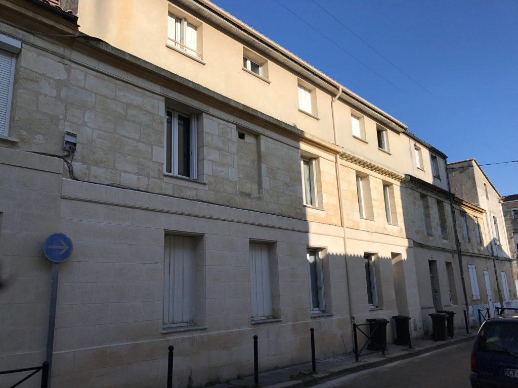 Studio meubl victoire rue mazagran bordeaux cabinet for Logement studio bordeaux