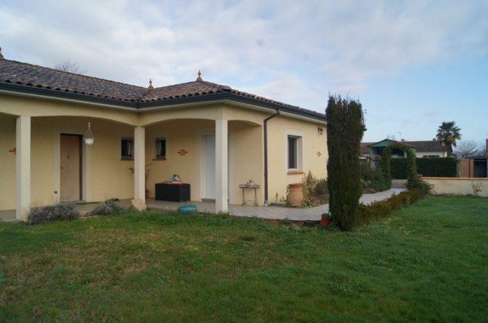 Maison avec terrain constructible labastide st pierre for Maison saint pierre rodez
