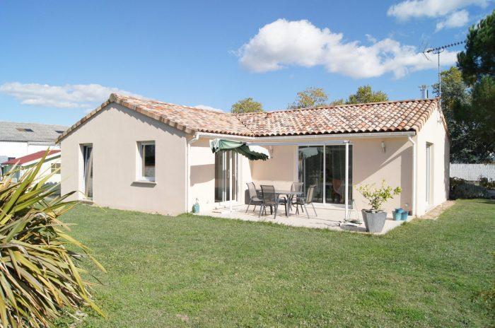 VenteMaison/VillaMONTAUBAN82000Tarn et GaronneFRANCE