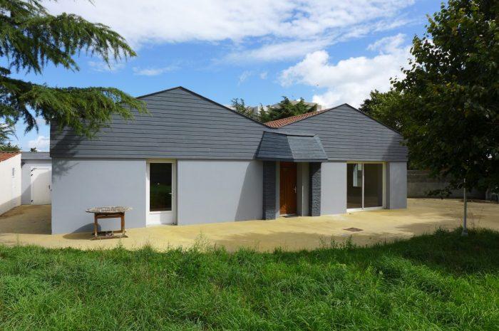 Vente Maison 2 chambres - 5 pièces - 120 m² à Cholet (49300)