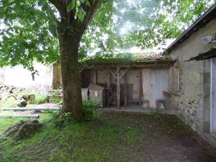 maison ancienne à rénover Les Brouzils - REPORTAGE 360, Angers