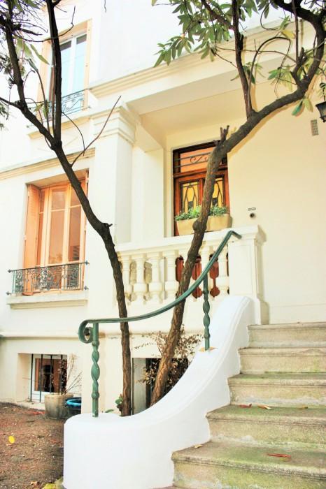 appartement avec terrasse de 50m fontenay sous bois g m trade immobilier vincennes. Black Bedroom Furniture Sets. Home Design Ideas