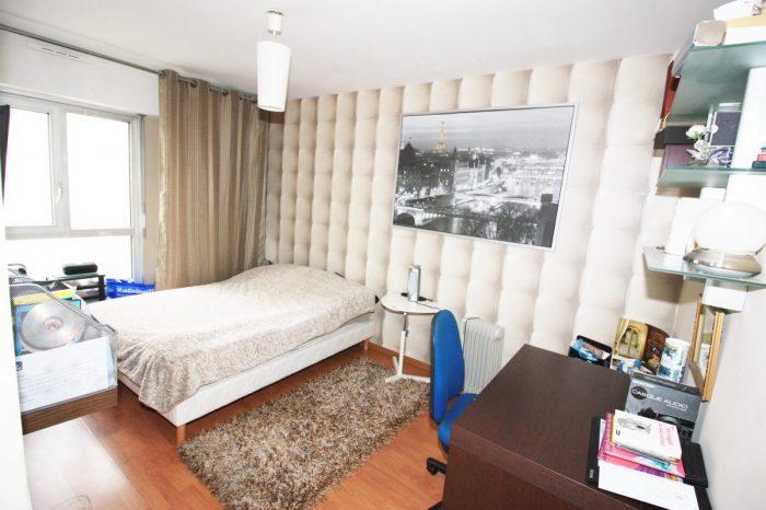 4 pi ces limite st mand montreuil g m trade immobilier vincennes. Black Bedroom Furniture Sets. Home Design Ideas