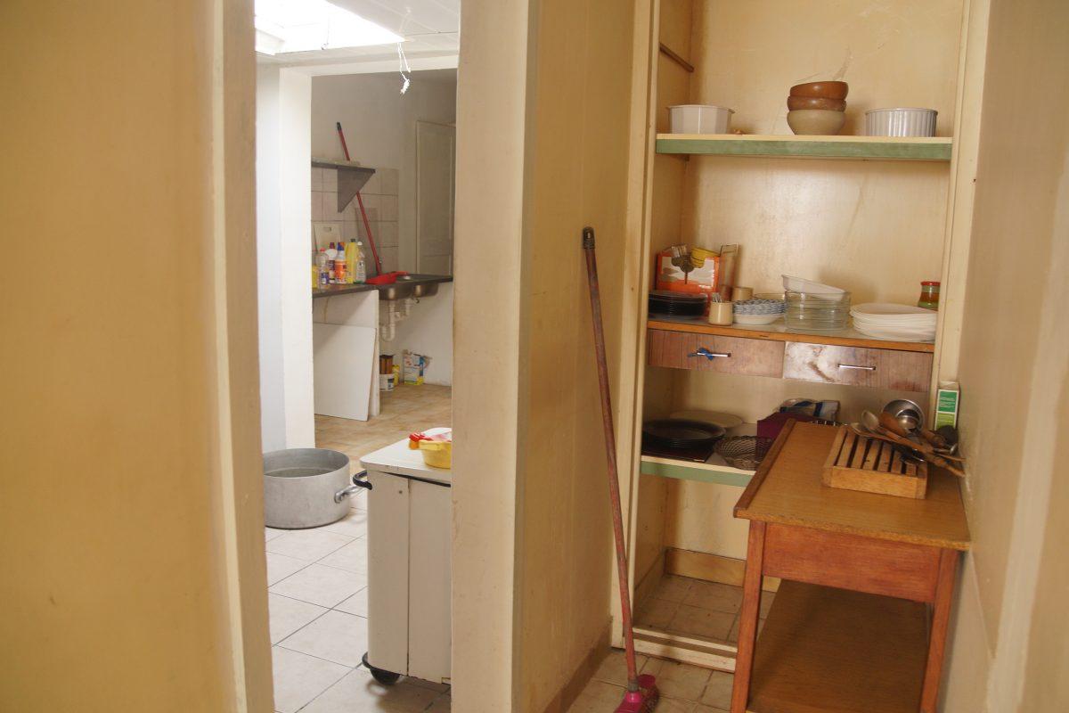 Maison des ann es 40 50 angoul me help habitat champniers for Atelier cuisine angouleme