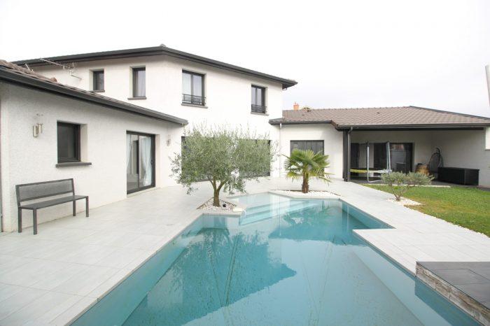 Vente Maison 4 chambres - 6 pièces - 160 m² à Sathonay-Camp (69580)