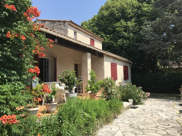 Vente Maison 4 pièces - 150 m² à Aix-en-Provence (13100)
