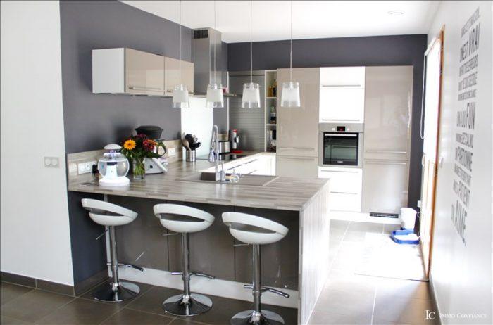 Vente Maison 4 chambres - 5 pièces - 140 m² (01170)