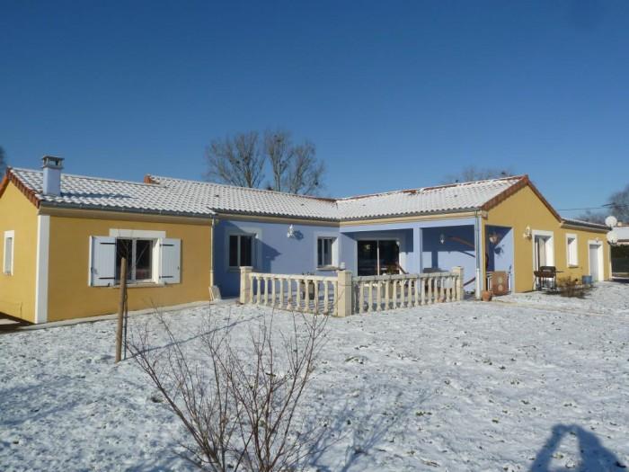 Vente Maison 5 chambres - 7 pièces - 280 m² à Issoire (63500)