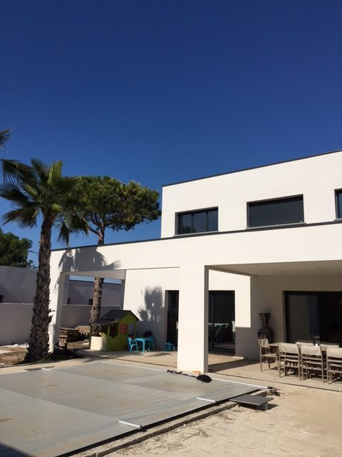 villa d 39 architecte rt 2012 agde. Black Bedroom Furniture Sets. Home Design Ideas