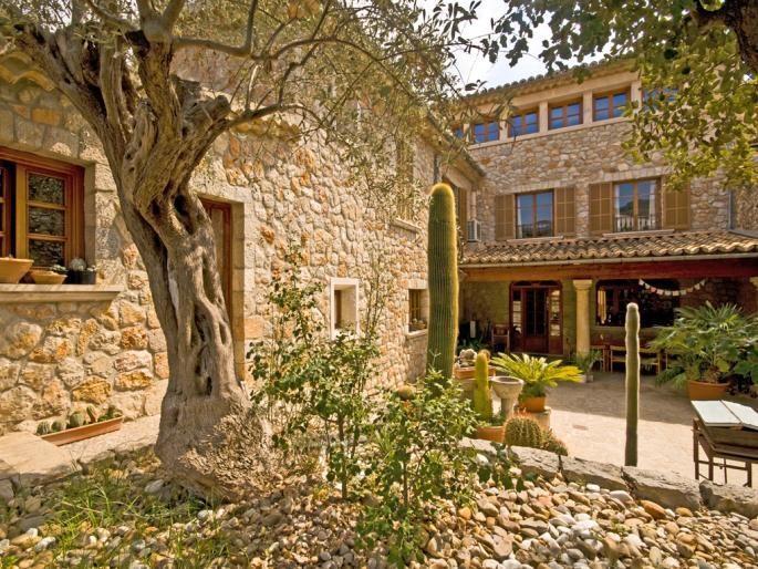 Vente Maison 4 chambres - 11 pièces - 510 m² à ALARO (07340)