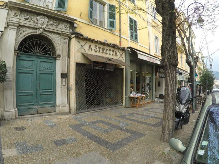 Location local commercial cours napol on ajaccio isula for Location garage ajaccio