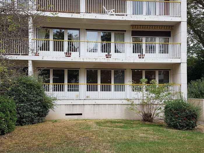Vente Appartement 7 chambres - 11 pièces - 182 m² à ANGERS (49000)