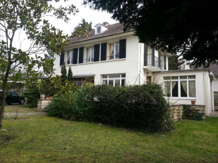 Vente Maison 4 chambres - 8 pièces - 218 m² à Le V (78110)