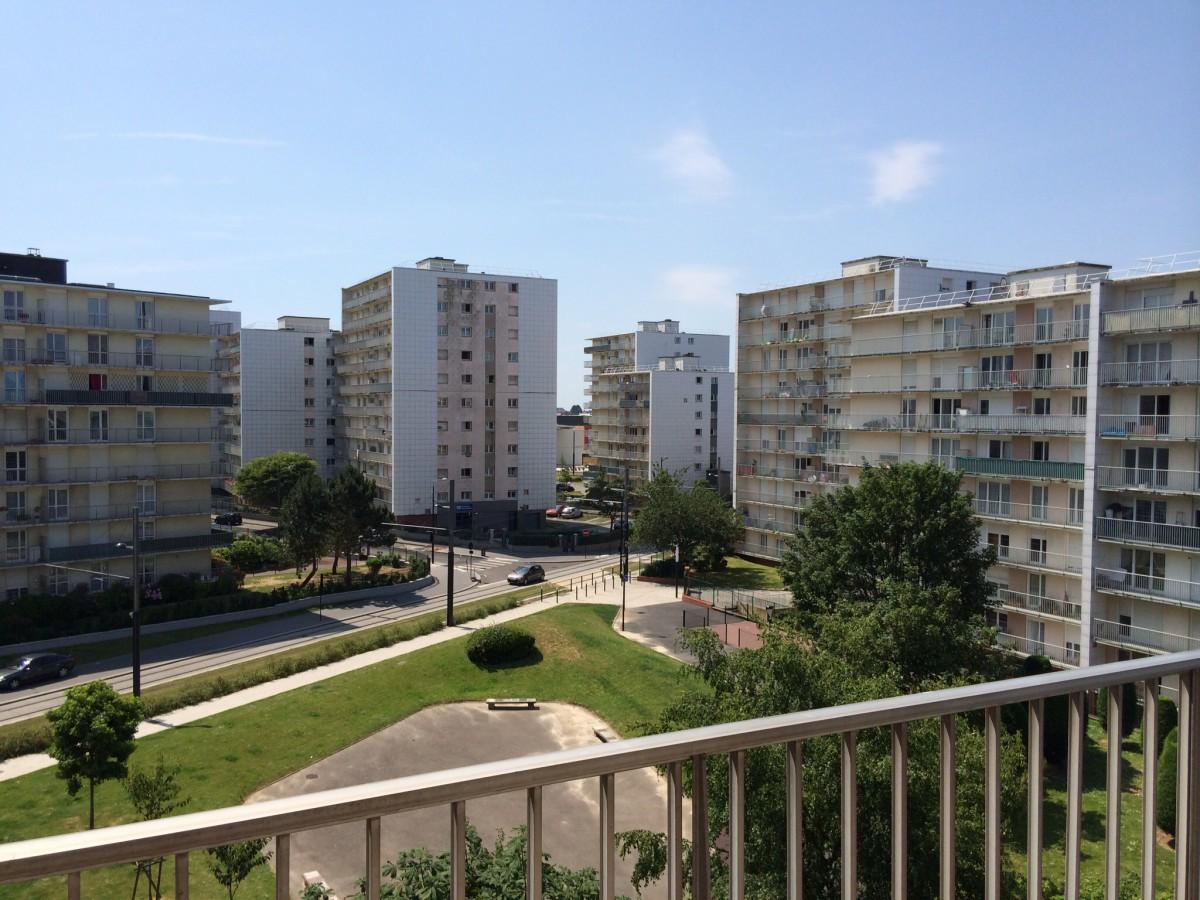 appartement t3 4 avec balcon garage le havre le havre. Black Bedroom Furniture Sets. Home Design Ideas