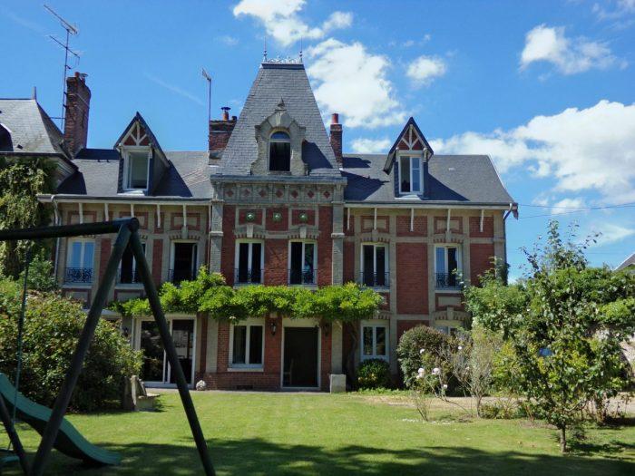 Vente de Maison 6 chambres - 8 pièces - 220 m² à Yvetot (76190)