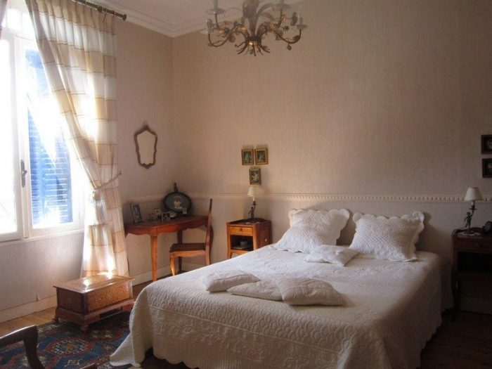 Vente Maison 5 chambres - 7 pièces - 172 m² à La Rochelle (17000)