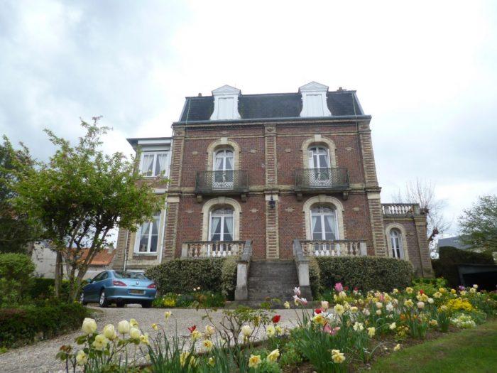 Vente de Maison 6 chambres - 9 pièces - 216 m² à Dieppe (76200)