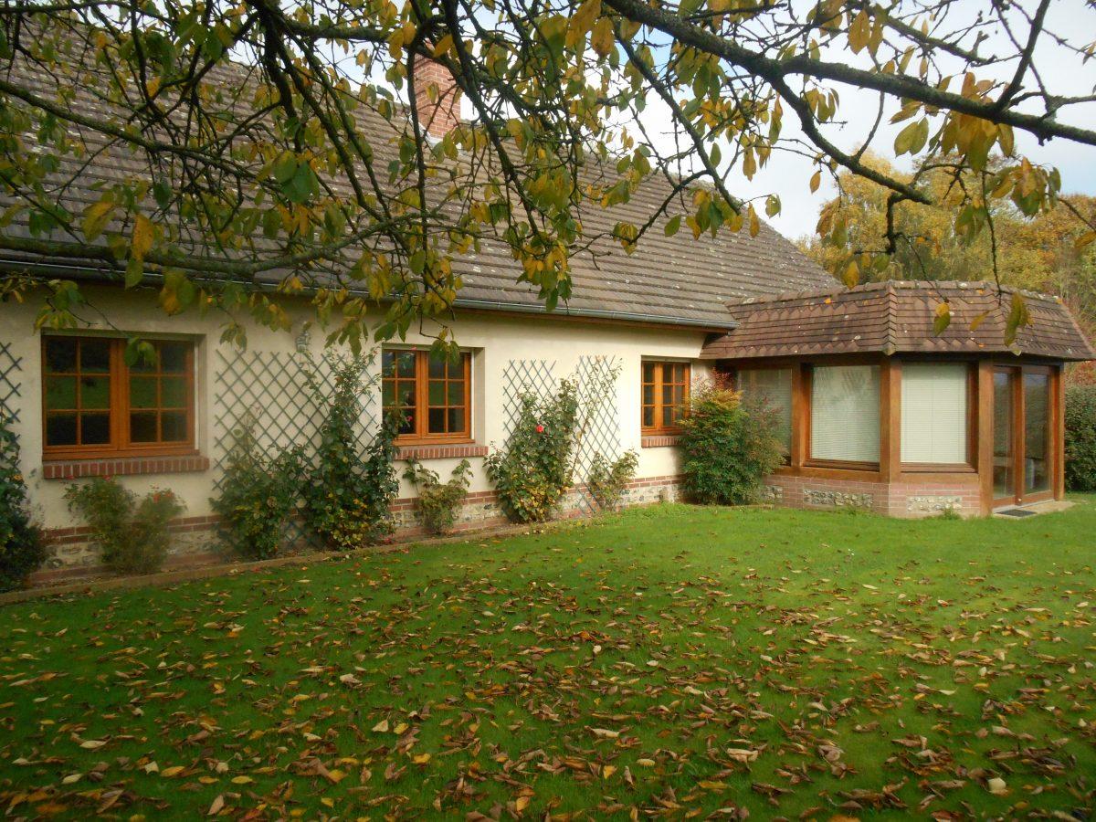 Maison a vendre dieppe maison plain pied 3 chambres dieppe for Maison plain pied traditionnelle