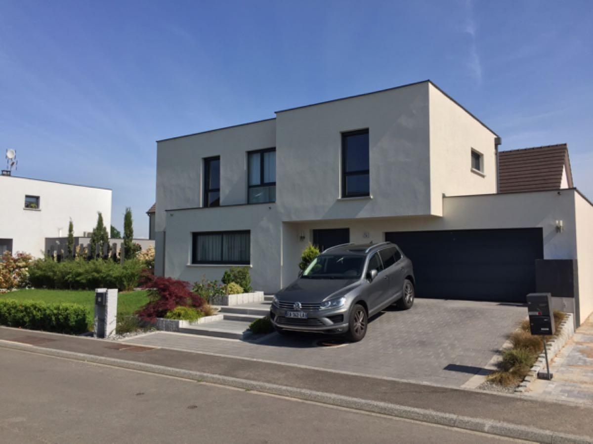 Magnifique maison contemporaine haut de gamme holtzheim for Vente maison individuelle 06