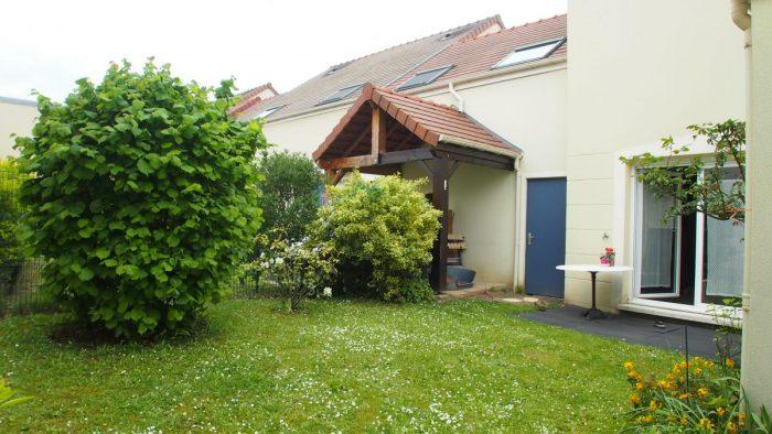 Maison 4p jardin et garage saint ouen l 39 aum ne my home for Garage rousseau saint ouen l aumone