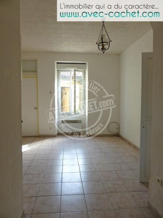 Bordeaux belcier appartement dans immeuble pierre for Appartement bordeaux euratlantique