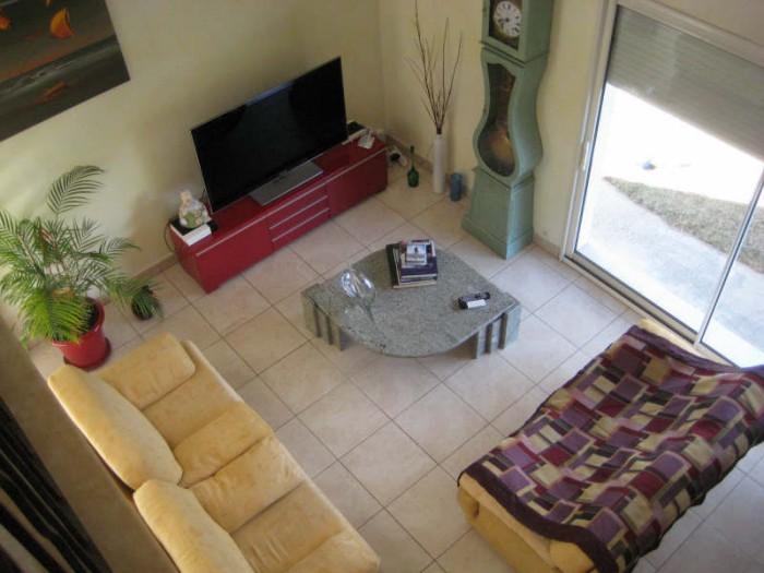 Maison  6 pièces  240 m²