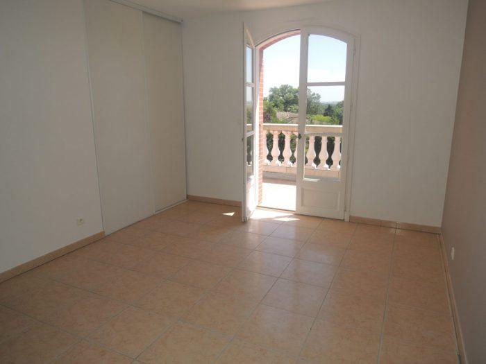 250 m² 8 pièces   Maison
