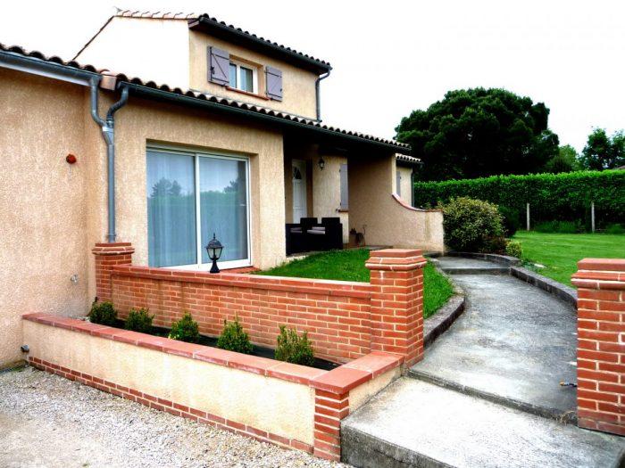 Maison 176 m² 8 pièces Bazus