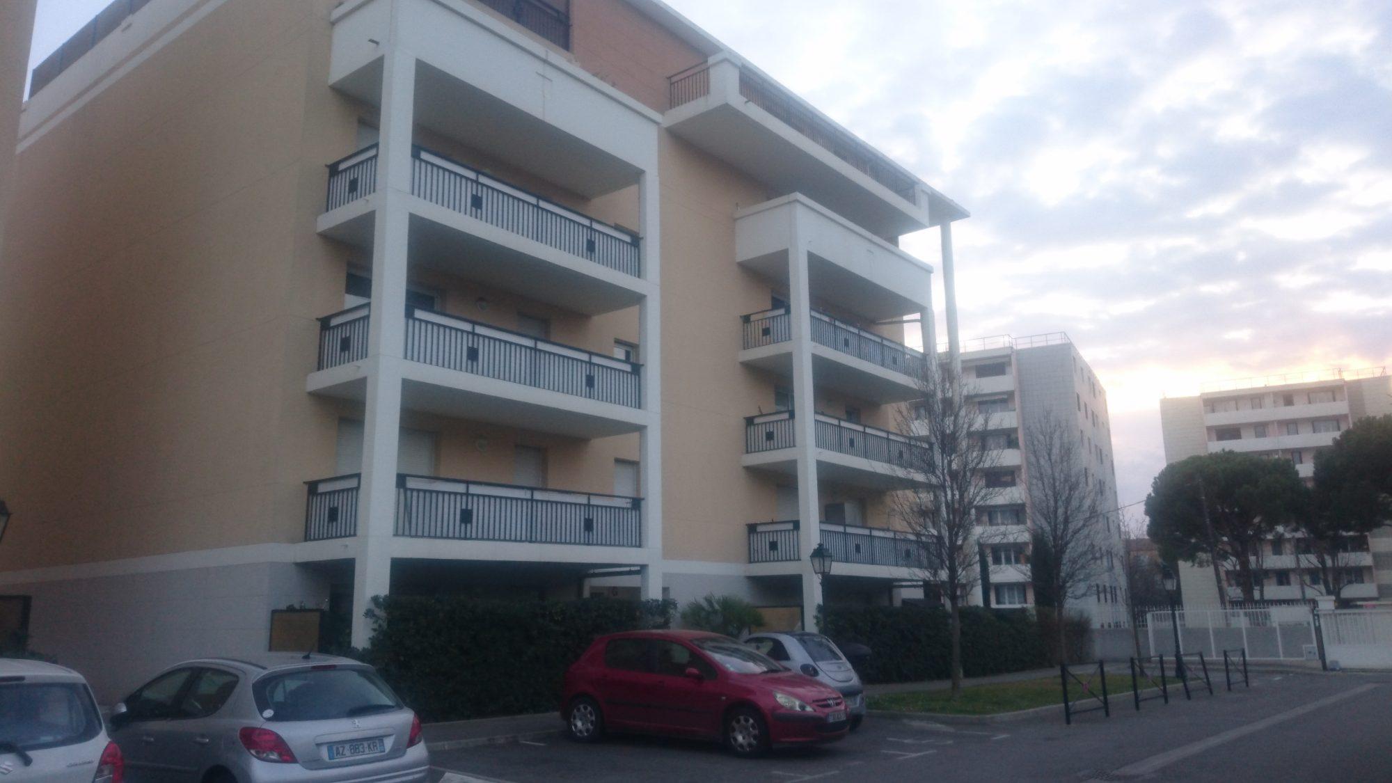 T2 hamadryades marseille cabinet pellegrin marseille for Marseille appartement