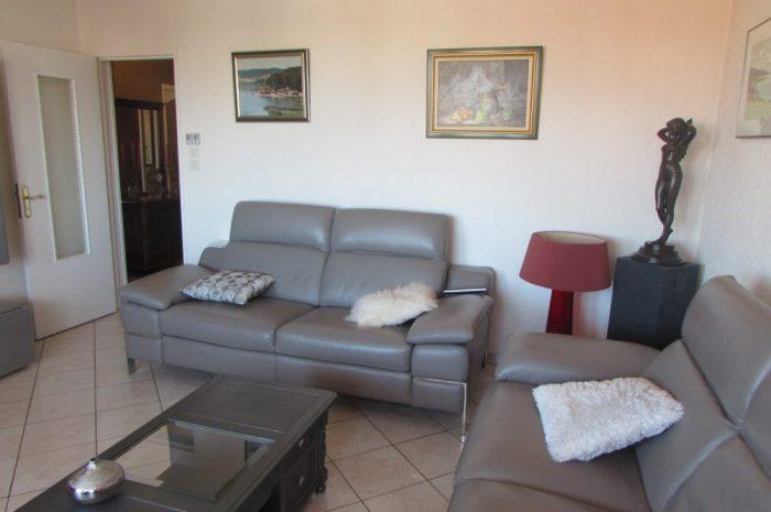 Vente Appartement 2 chambres - 5 pièces - 75 m² à Pontarlier (25300)