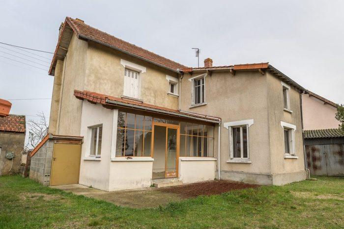 Vente Maison 4 chambres - 5 pièces - 130 m² à Ch (86100)