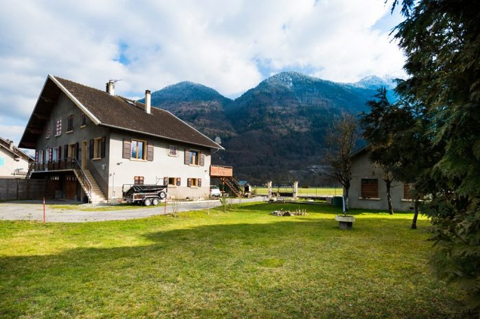 VenteMaison/VillaMARLENS74210Haute SavoieFRANCE